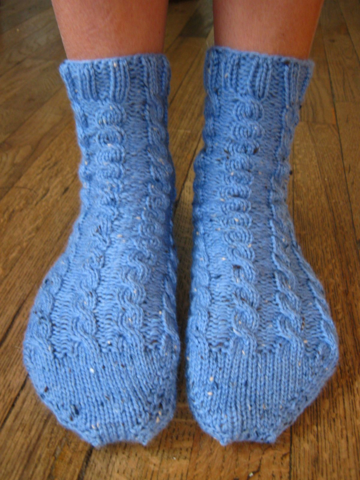 cable sock patterns free | New Free Pattern! Toe-up Cabled Bed Socks ...