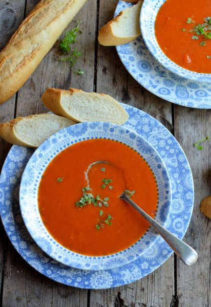 And for tea, a lovely soup, perfect for the first day of September! Roasted Red Pepper Soup http://www.lavenderandlovage.com/2013/07/go-hot-or-cold-with-this-52-and-weight-watchers-diet-recipe-roasted-red-pepper-soup.html
