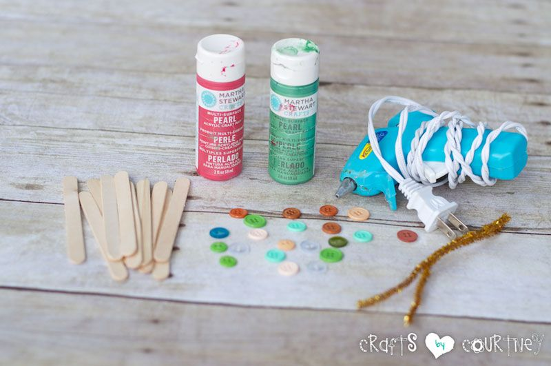 Popsicle Stick Snowflakes: Getting Started