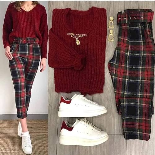 Mixing and matching combo outfits