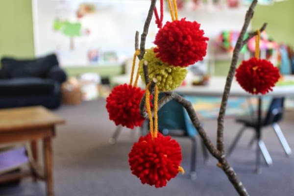scrumdilly-do!: our classroom apple tree - pick out the branches, and some fun things to hang on it, with Ruby, with sparkly yarn or some other delicate things.