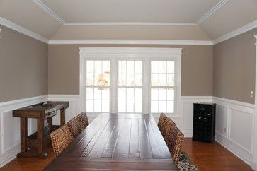 Benjamin Moore Waynesboro Taupe For Exterior Taupe Living Room Dining Room Paint Colors Traditional Dining Room
