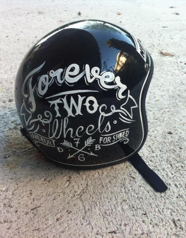 pingl par alexandre pascaud sur helmets casque moto vintage casques personnalis s et casque. Black Bedroom Furniture Sets. Home Design Ideas