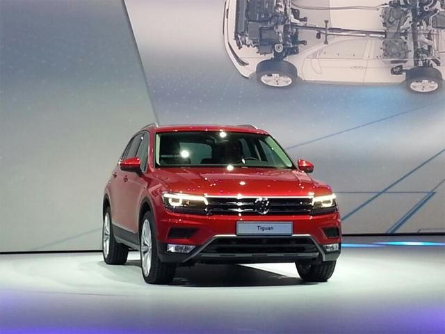 Volkswagen unveils India-bound Tiguan compact SUV - VW unveils India