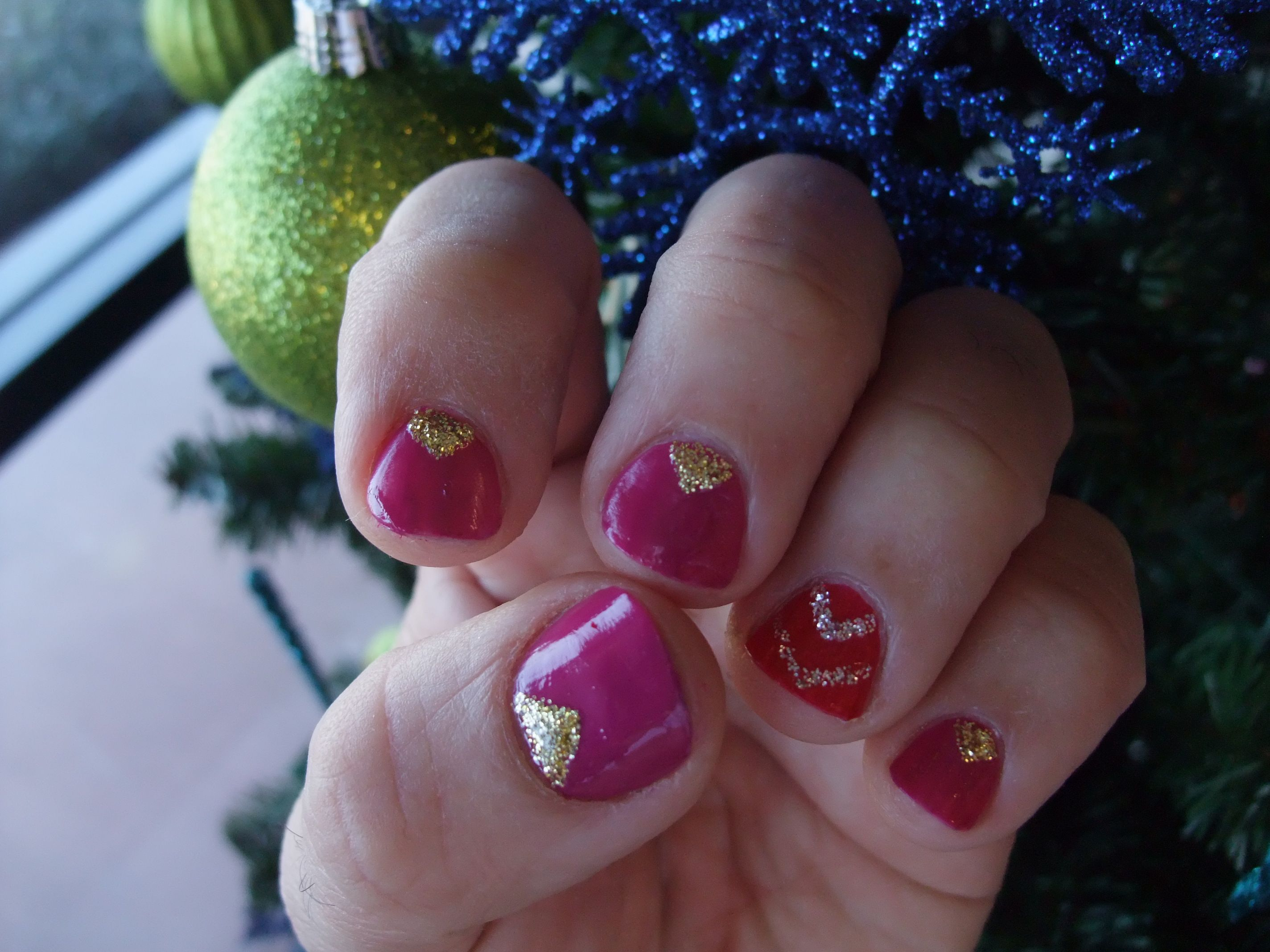 Nail Design For Christmas Nice Girl Pink Gold Christmas