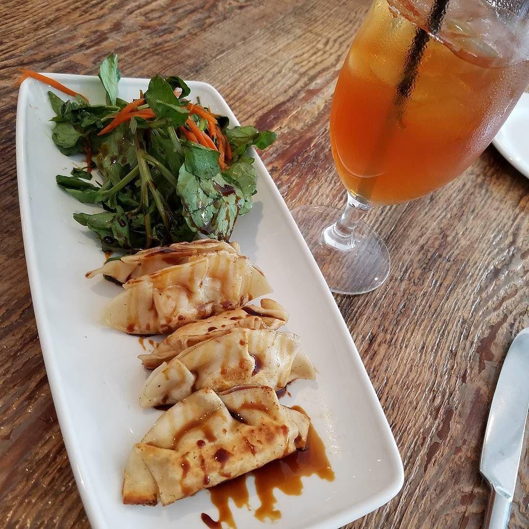 Yummy #lobster #dumplings on the blog today @earlsallamerican #peddlersvillagepa #igdaily #restaurantreview #visitbuckscounty #uncoveringpa #blogger #influencer #justgoshoot #foodpost #foodiechats