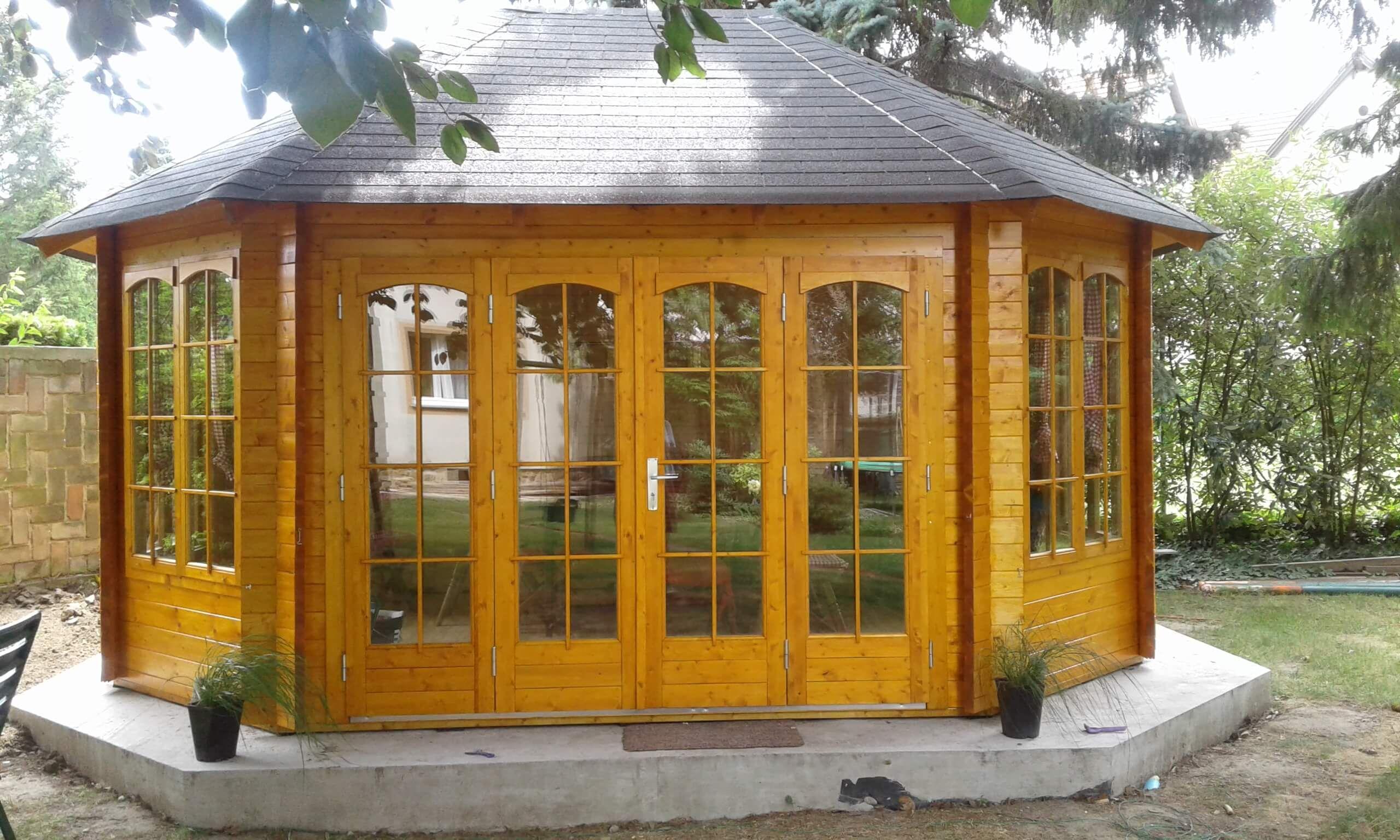Gartenpavillon Sumatra44 ISO mit großer Falttür Garten