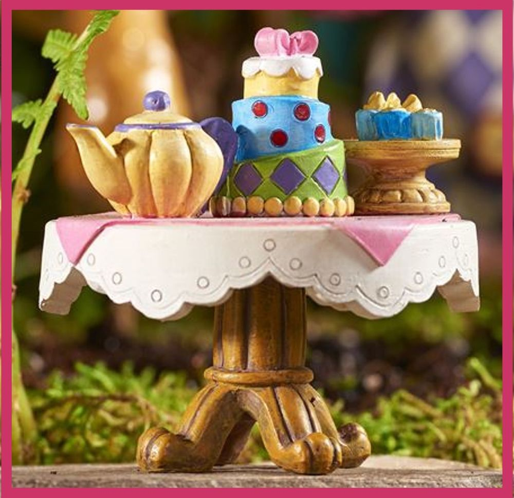 Alice in wonderland fairy garden miniatures tea party table crafty lady alice in for Alice in wonderland fairy garden