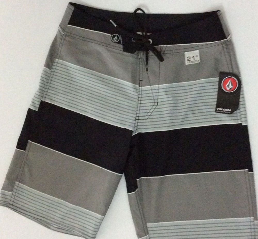 VOLCOM Boardshort Mens Size 29 Gray Black and White stripes