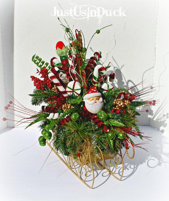 Santa Sleigh Centerpiece, Christmas Centerpiece, Candy