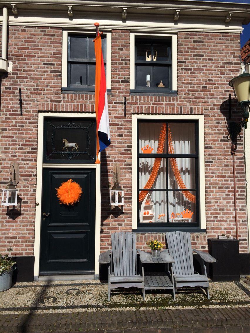Decoratie raam koningsdag bevrijdingsdag oranje for Decoratie raam