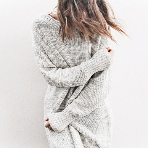Cozy neutral grey sweater. seldomseen.co