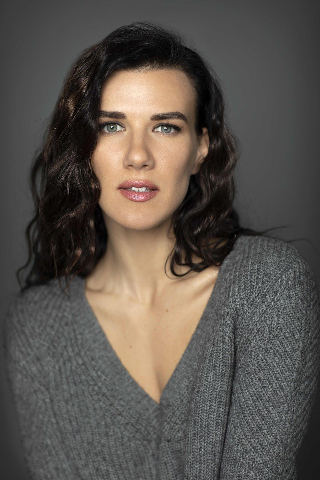Ukraine Actress Producer Natalie Burn Will Co Star In The Comeback Trail Actresses Tommy Lee Jones Natalie