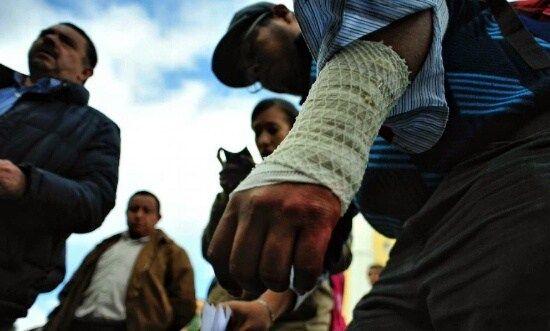 Ex trabajador estatal se corta las venas; reclama dos meses de sueldo - http://www.esnoticiaveracruz.com/ex-trabajador-estatal-se-corta-las-venas-reclama-dos-meses-de-sueldo/