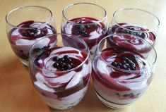 Heidelbeer-Mascarpone Dessert #chocolatedessertrecipes