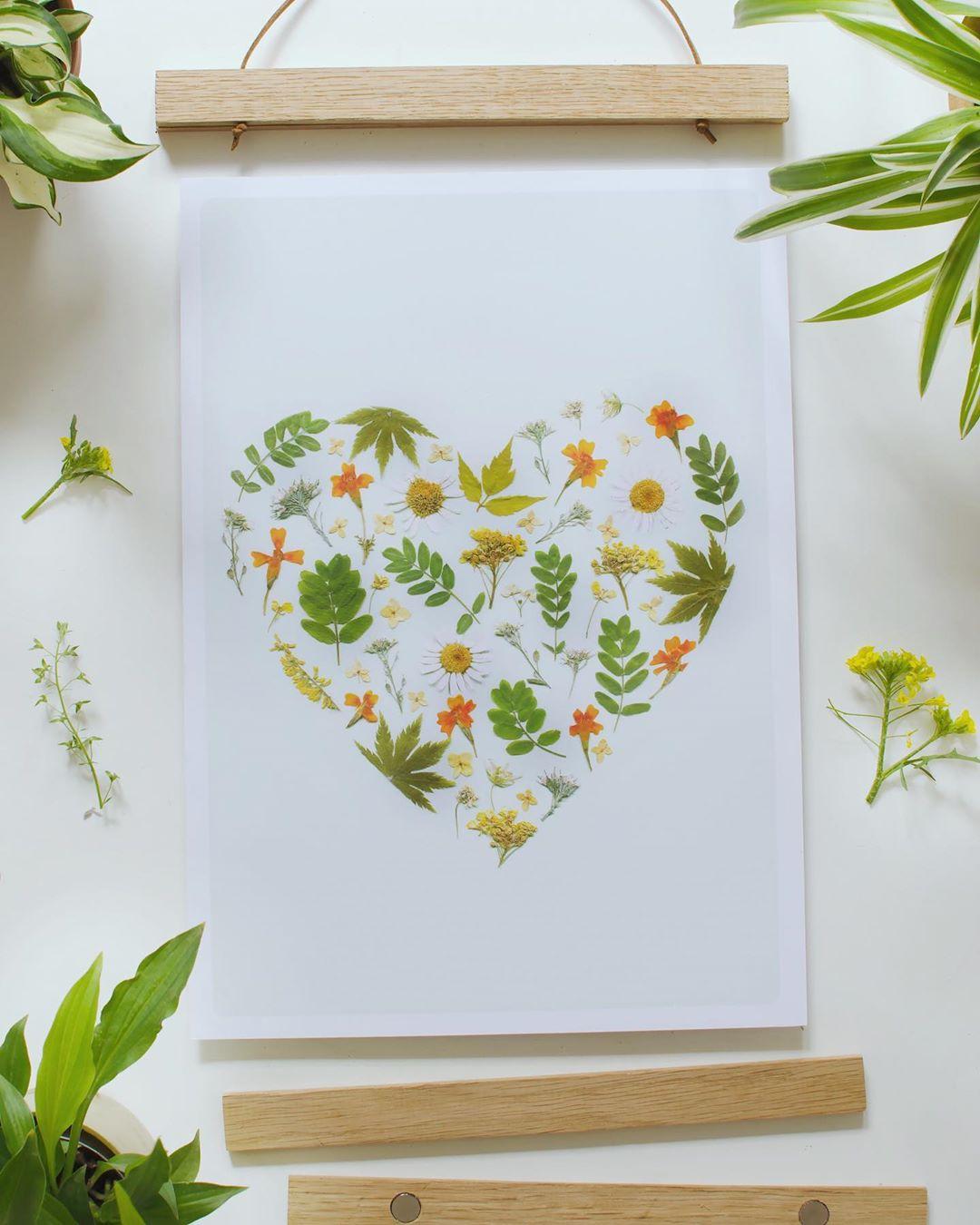 Pin On Pressed Flower Art