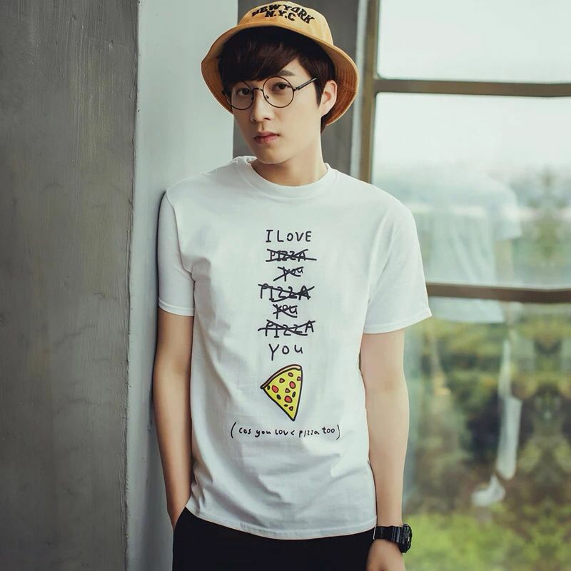 The Round Glasses Suits The Bucket Hat Perfectly They Present Me A Feeling Of Freshness Men Fashion Round Gl T Shirts For Women Men S Glasses Mens Tshirts
