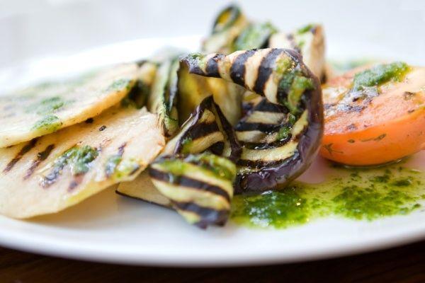 12 Vegetarian Friendly Restaurants To Try In London Vegetarian Friendly Restaurants Best Vegetarian Restaurants Veg Restaurant