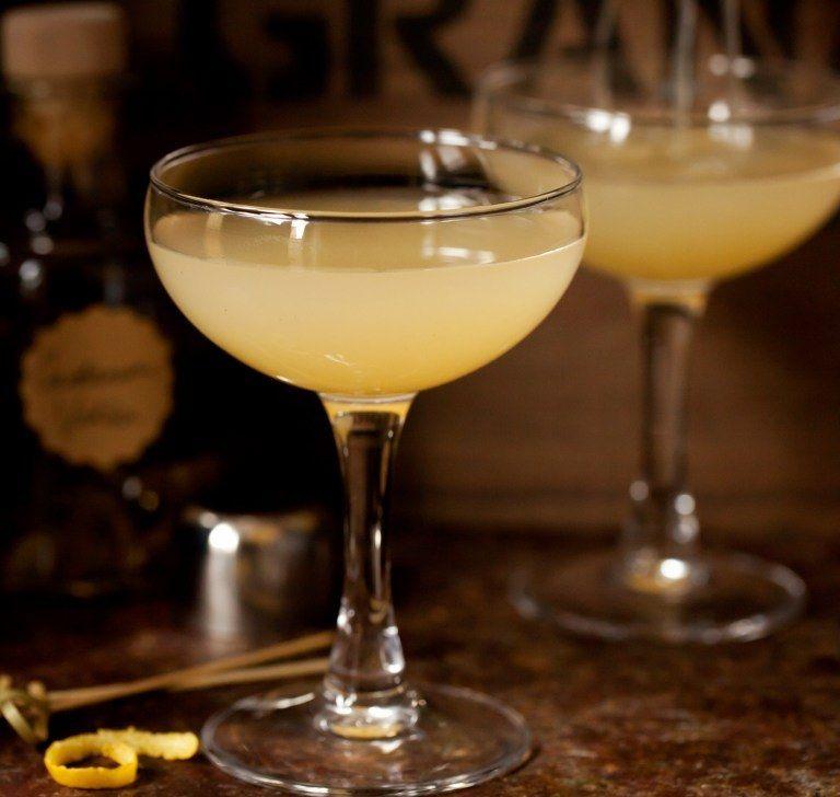 Cardamom Pear Martini #recipe Via Little Sugar Snaps Http