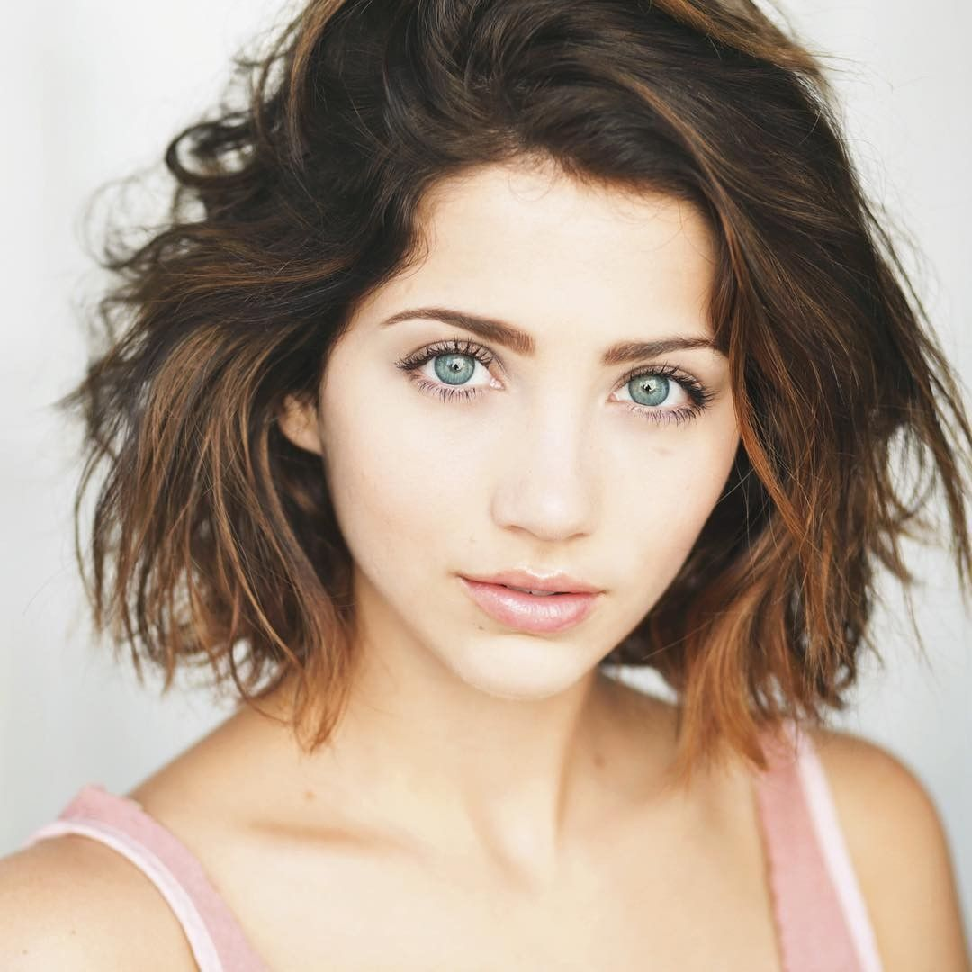 People 1080x1080 Women Emily Rudd Brunette Portrait Blue Eyes Short