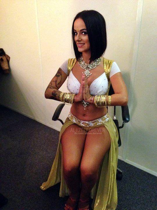 Nude india full pundai
