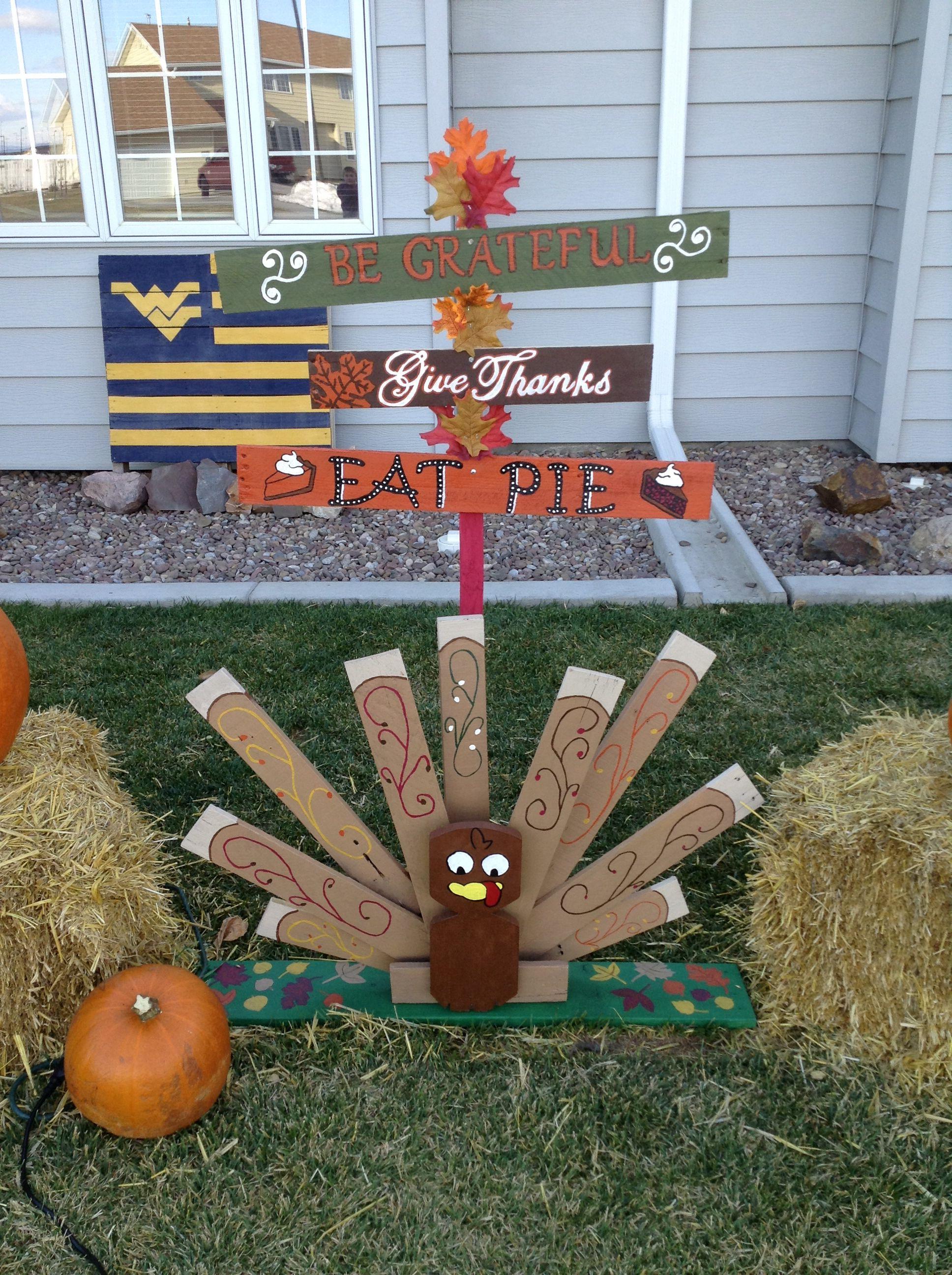 Pallet Thanksgiving Turkey & Sign