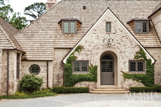 Equally rooted in Old English and old American architecture, the