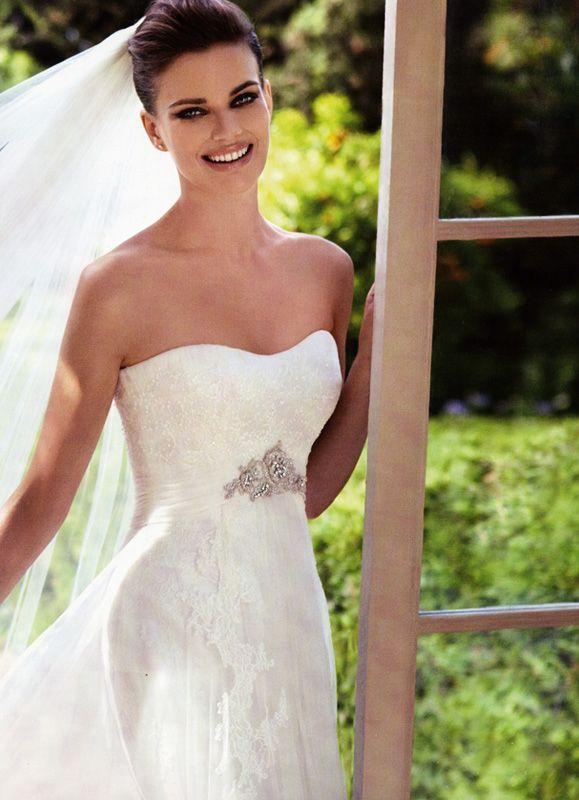 » 2012 Bridal Catalogue » San Patrick