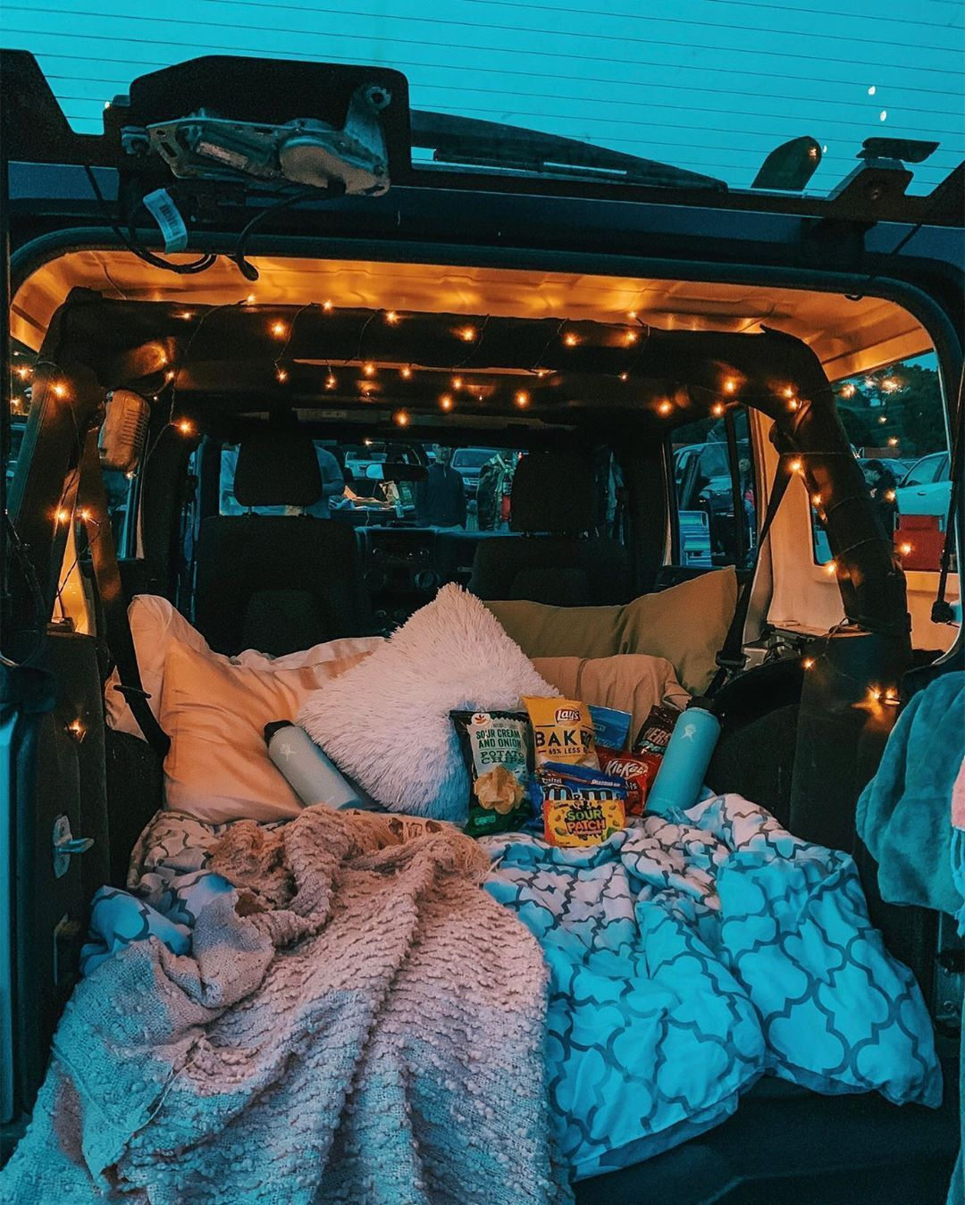 Jeep Glamping