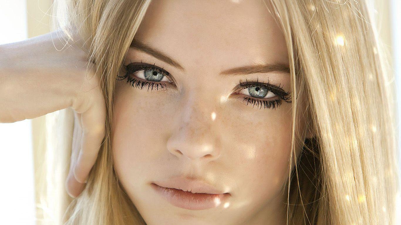 Wallpaper: http://desktoppapers.co/hm06-girl-face-blonde-beauty/ via http://DesktopPapers.co : hm06-girl-face-blonde-beauty