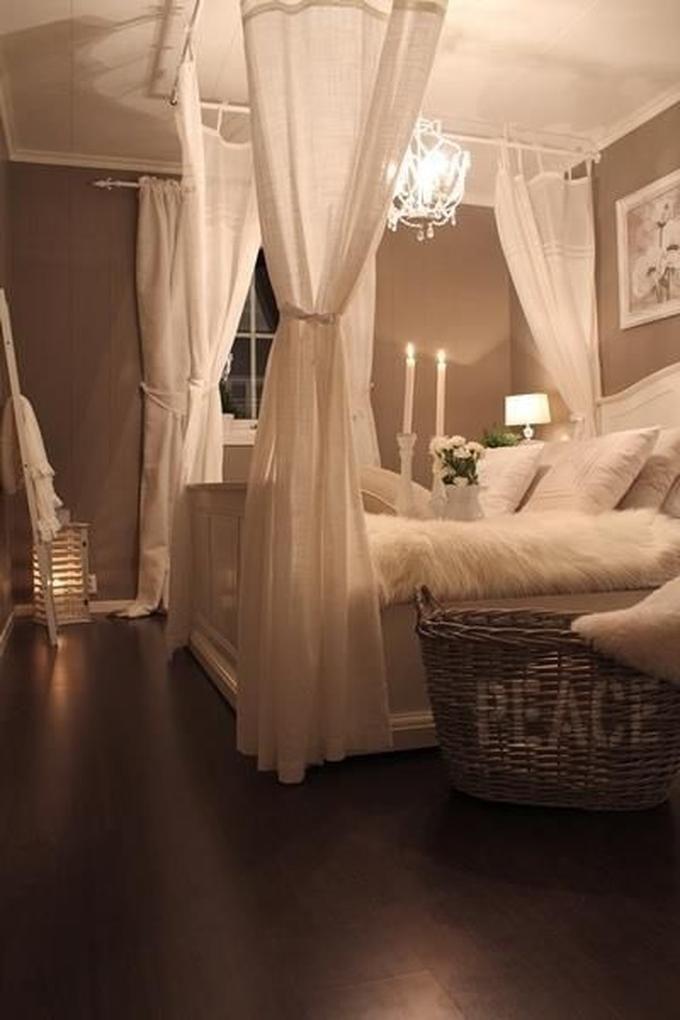 Romantisches Schlafzimmer im Landhausstil   Wohnung einrichten ...