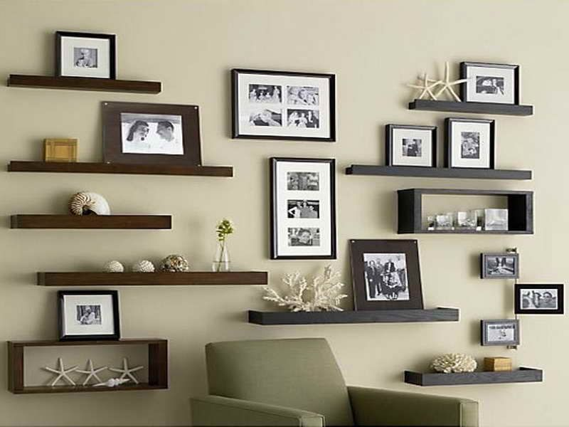 Tuesday 39 s tool box tips how to install floating shelves for Shelving ideas for living room walls