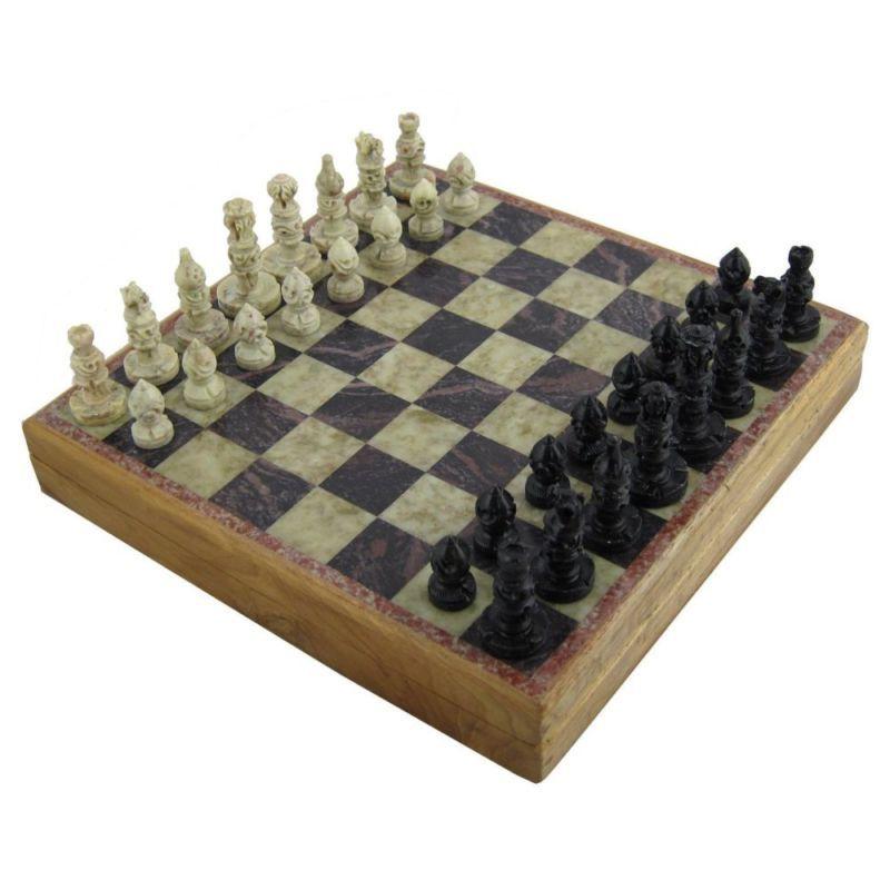 Pin By Saira Burgos Rosario On Art Chess Board Chess Set Unique Stone Chess Set
