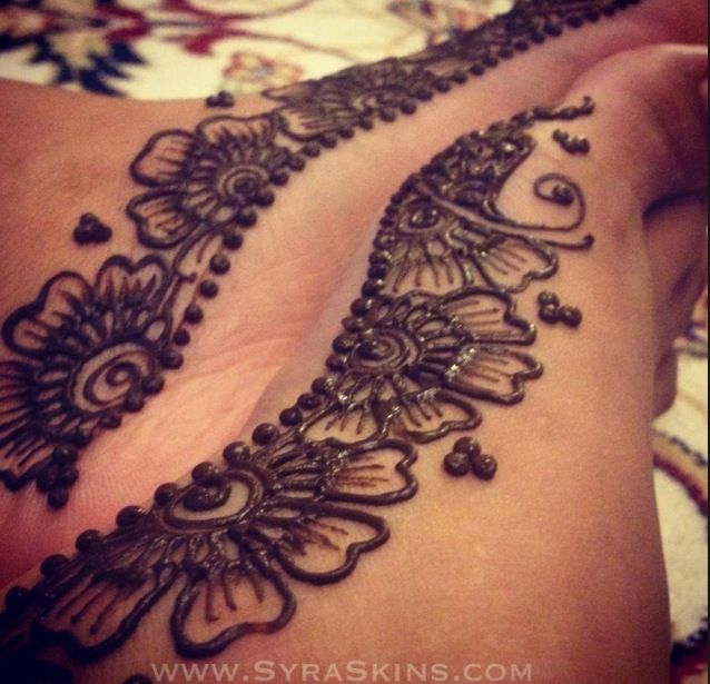 Side Foot Henna Design