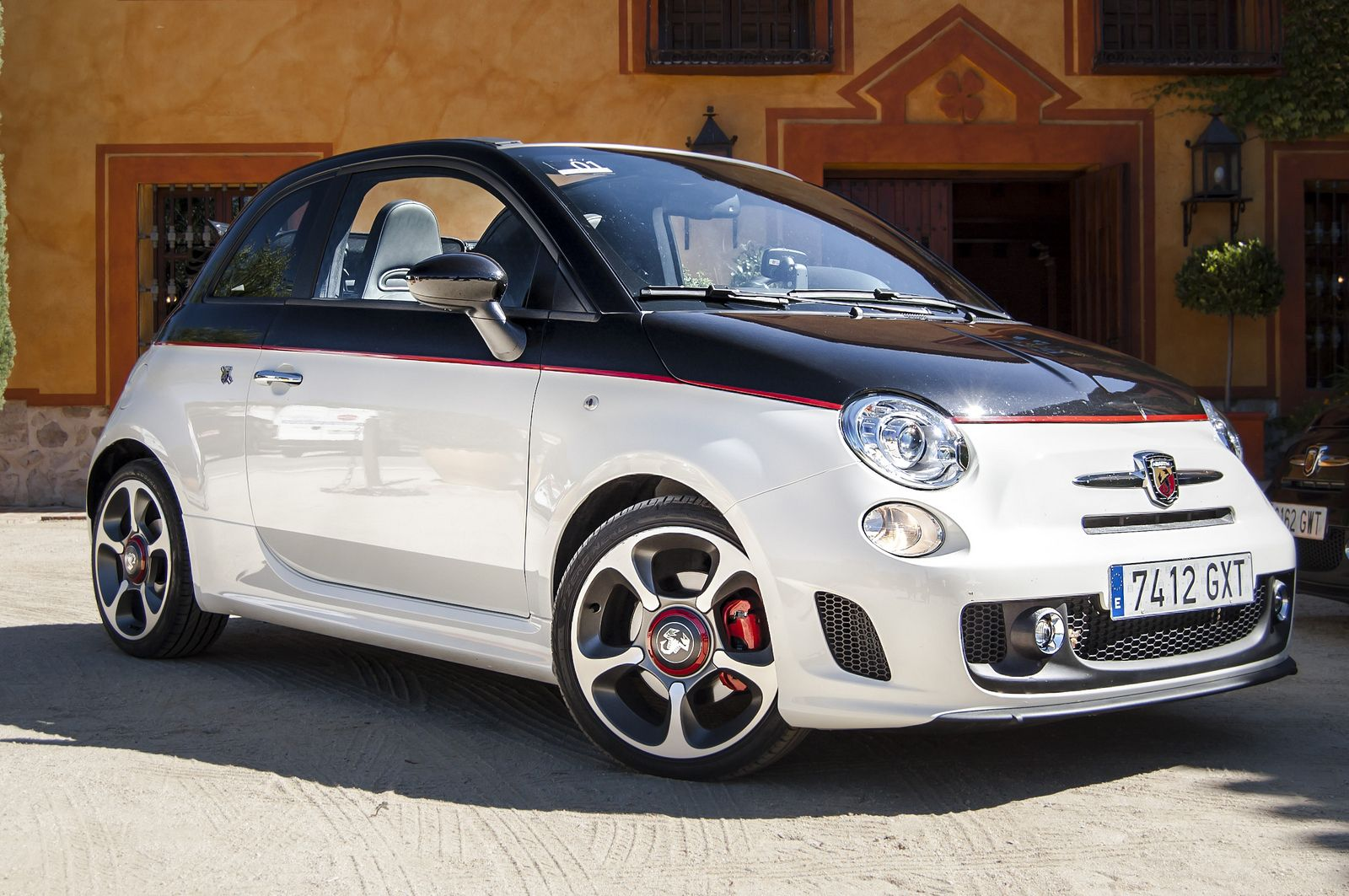 15 Fiat 500 Abarth Cabriolet Original Msrp Of 28 595 Only