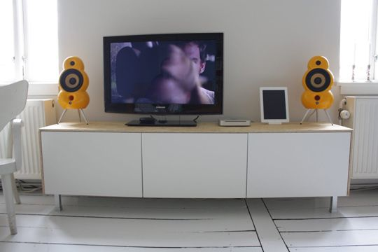4 Stylish Ikea Besta Media Console Hacks