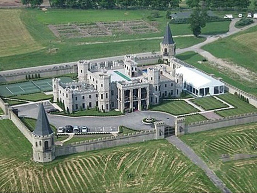 This Recently Price Chopped Castle In Versailles Kentucky Can Be Yours For 26 5 Million