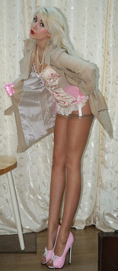 Sexy sissy crossdresser