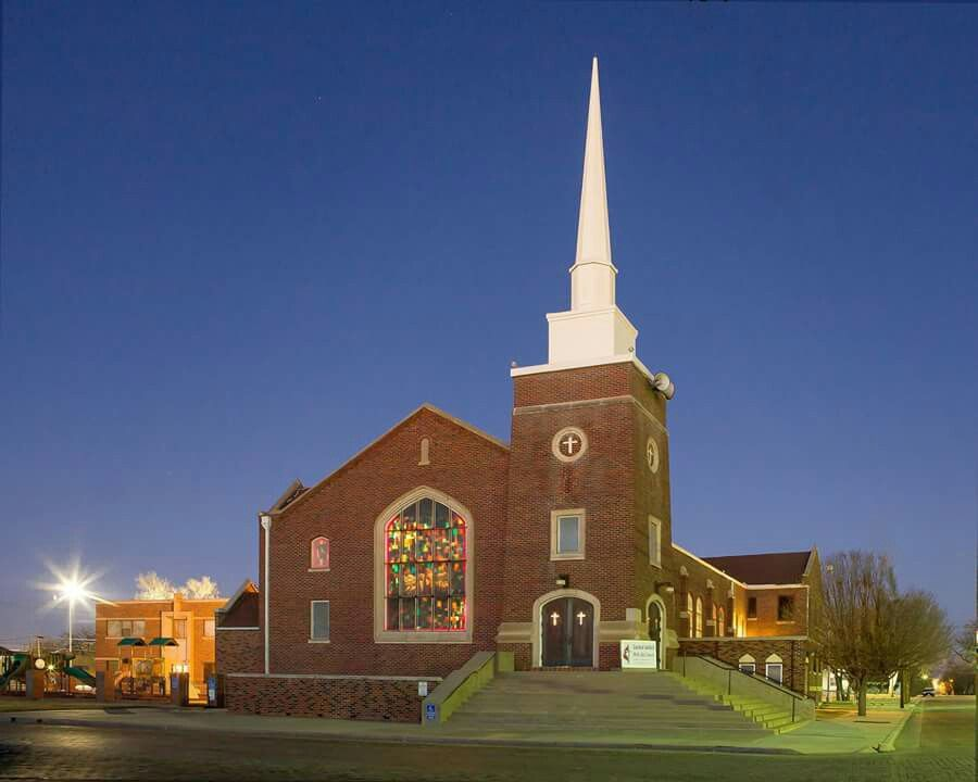 Central United Methodist Church Dalhart Texas 517 Rock Island Ave Dalhart Tx My Father S House Church House Styles