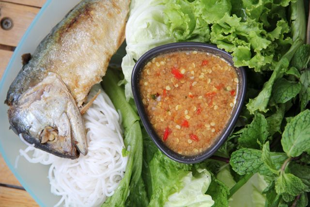 Healthy thai food miang pla too thai food healthy thai food miang pla too forumfinder Choice Image