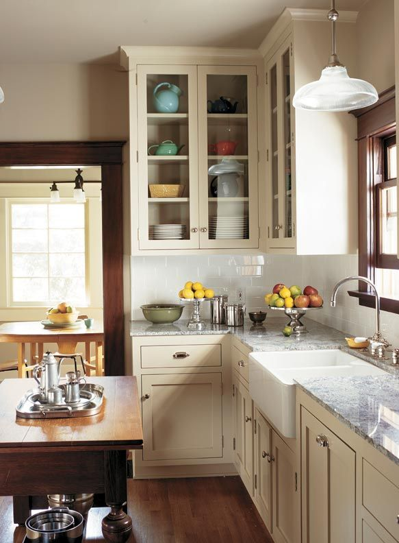 Traditional Design For A Modern Kitchen Bungalow Kitchen Kitchen Remodel Kitchen Inspirations