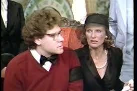 Richard Masur and Cloris Leachman in Scavenger Hunt 1979 | Cloris leachman, Scavenger  hunt, Scavenger
