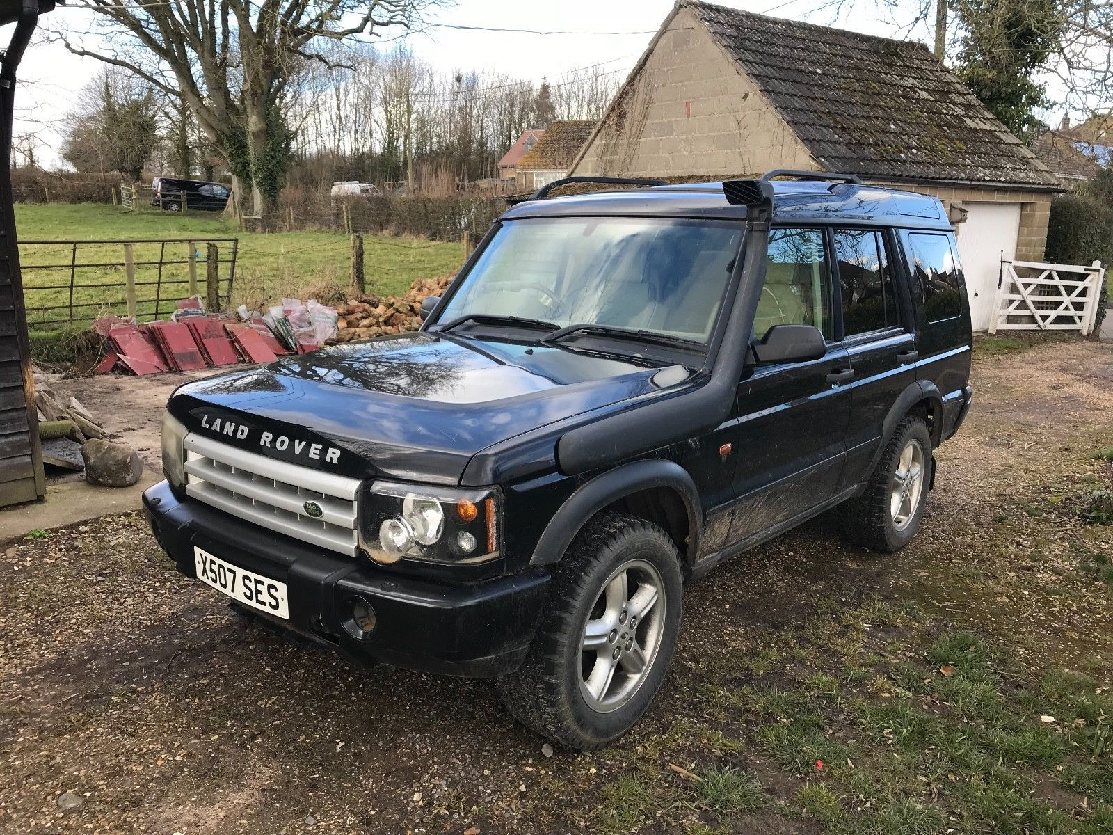 eBay: Land Rover Discovery 2 ES TD5 2001 Black 99k Miles manual - Spares or
