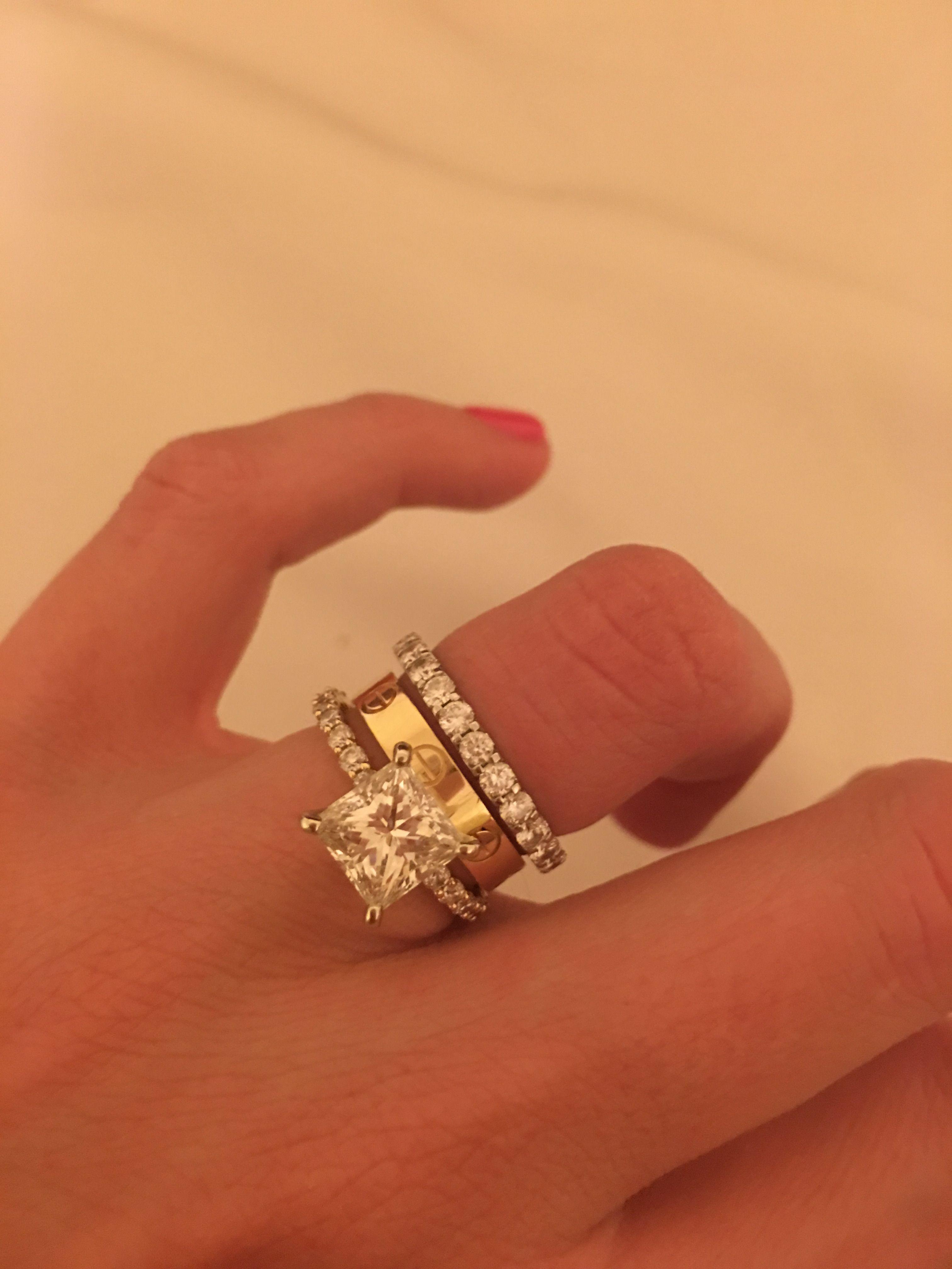 Resultado de imagem para cartier love ring engagement