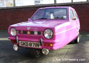 Reliant Robin Three Wheeled Car This May Very Well Be One Of The Silliest Cars You Will Ever See But If You Ve Ever Watch Three Wheeled Car Cars Car Cartoon