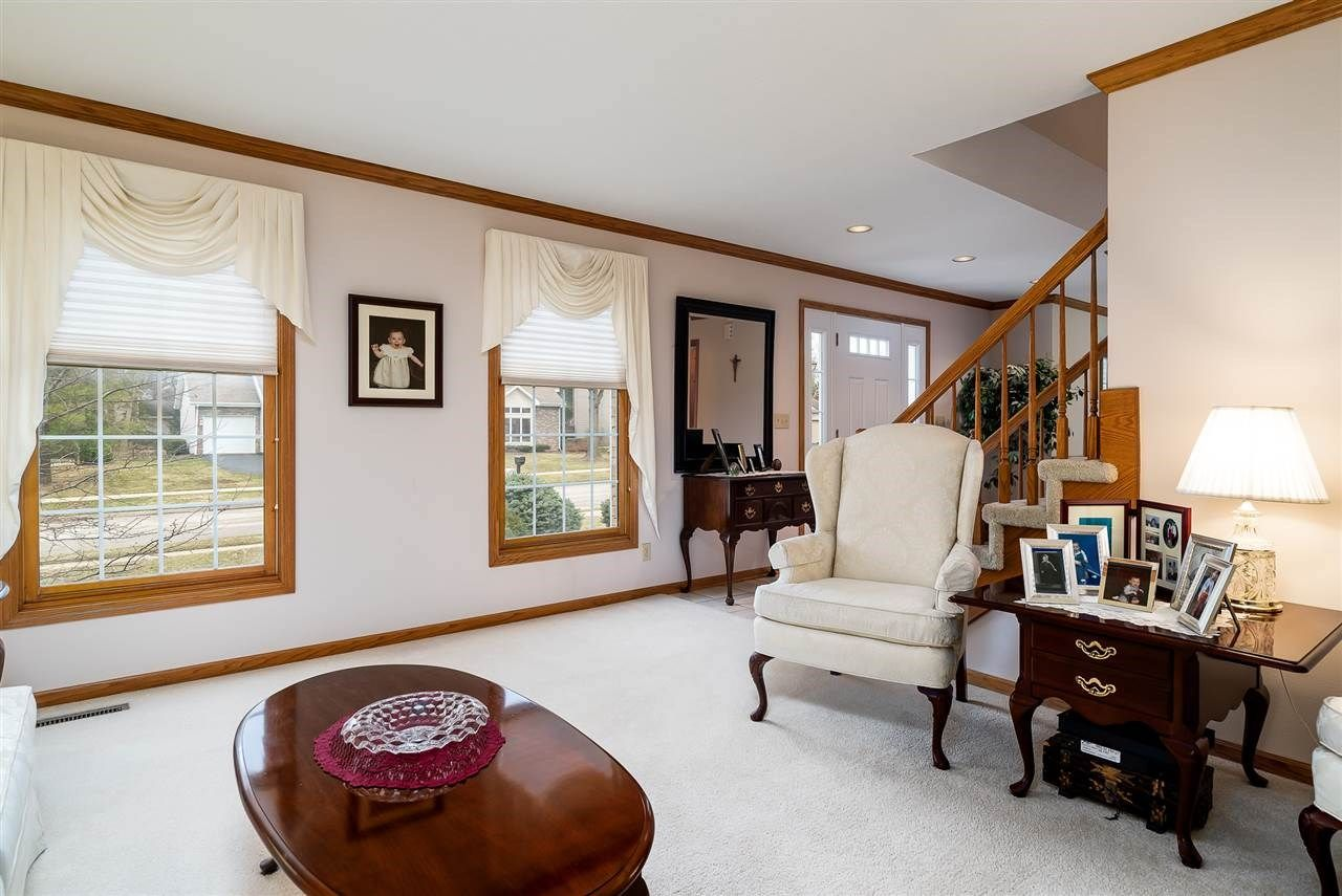 1681 Oakforest Drive Rockford Il 61107 Mls 201901594 Listing Information Berkshire Hathaway Homeservices Starck Real Estat Home Home Decor Next At Home