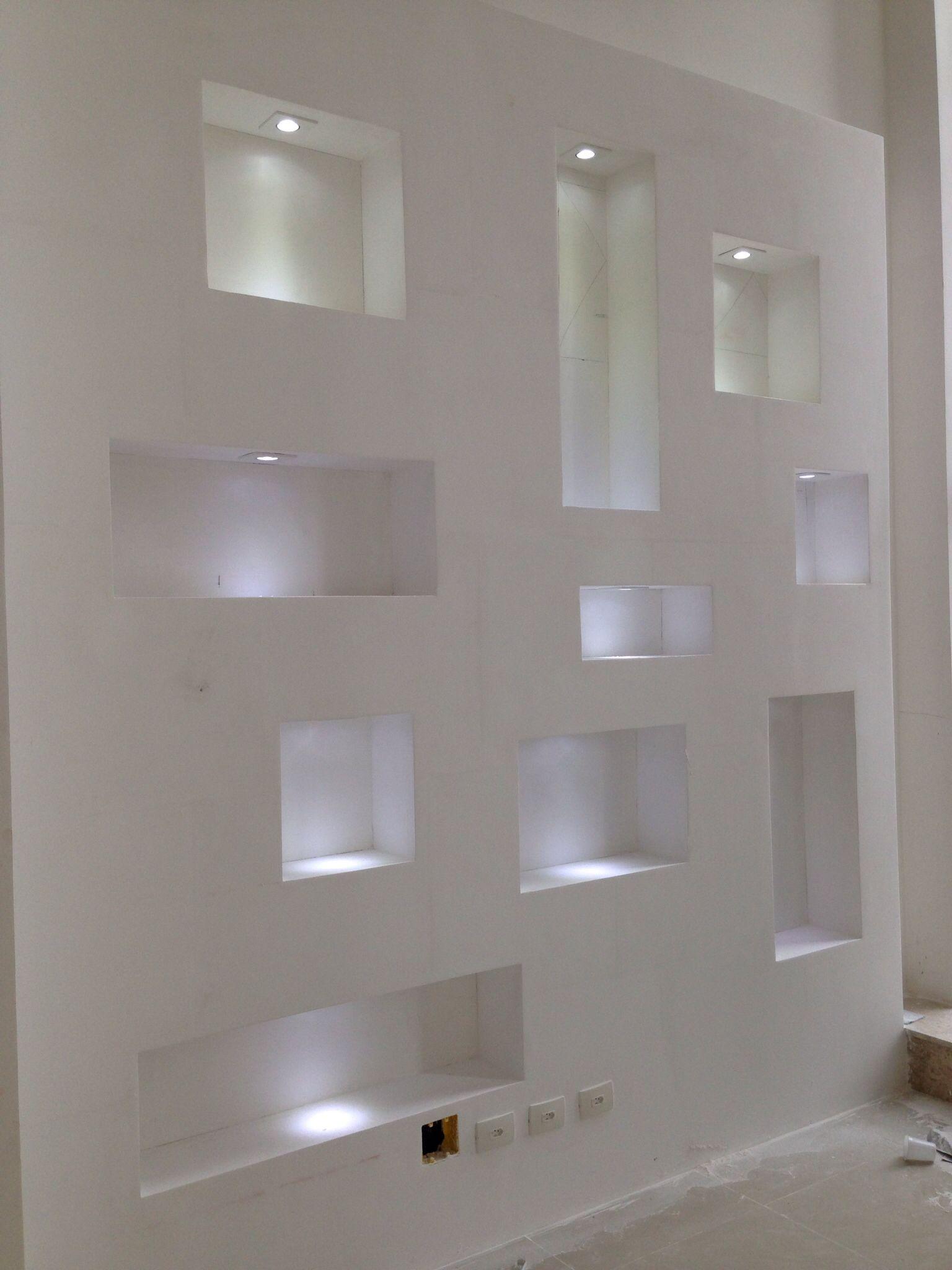 Parede com nichos iluminados ideias casa pinterest - Pladur para exteriores ...