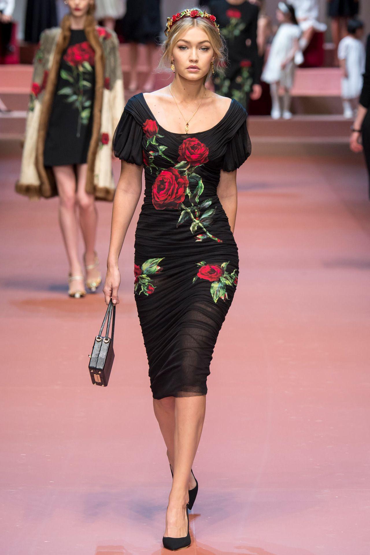 themakeupbrush:Gigi Hadid at Dolce & Gabbana fall 2015 | ROSES ...