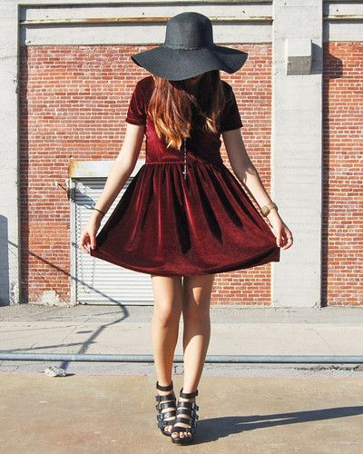 Burgundy velvet ballerina dress + big hat + black heels