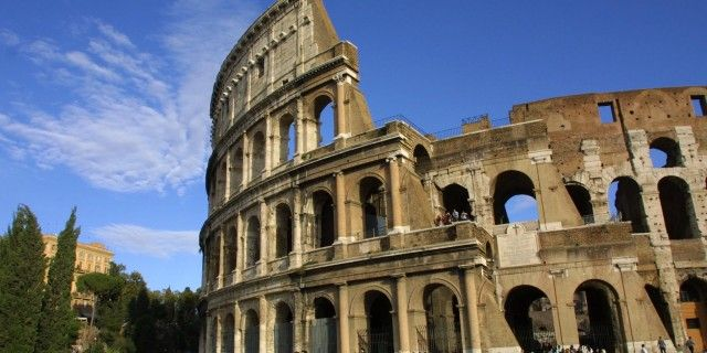 Colosseum Famous Monument Of Rome Italy Monuments Rome